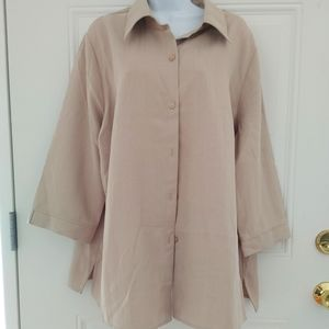 The perfect neutral blouse
